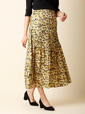 《musee》フロントボタンフラワースカート